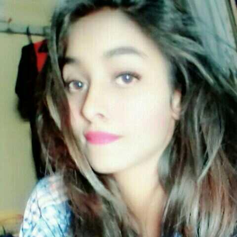 #somi  student#artist,poet, rajya award winner,an indian girl 😍😍😍😍😍