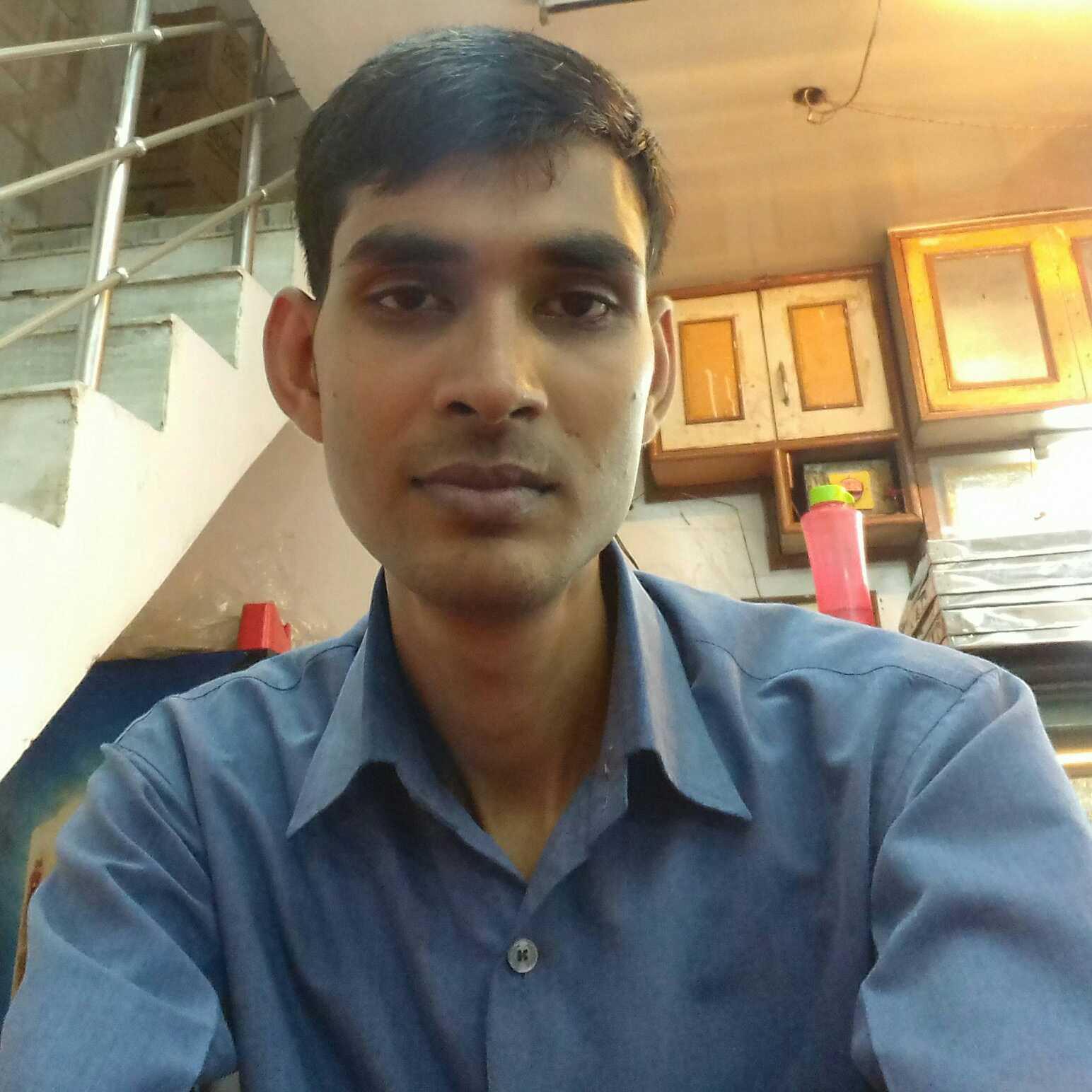 Abhishek Kumar(ABHI) ❤ ke dard kisi se  na kah sako to unhe kore kagaj par utar dena chahiye nhi to  nasoor ban jate hi