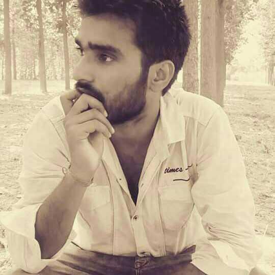Sultan Mohit Bajpai 'झूँठी बुलंदियों का धुँआ,पार करके आ'//'क़द नापना है मेरा तो छत से उतर के आ'