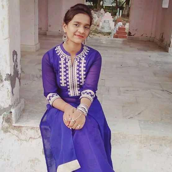 Neha Mishra कुछ नहीं हूं मैं हाँ मै बस इतना हूँ कि शायद यही हूँ मैं😊😊😊