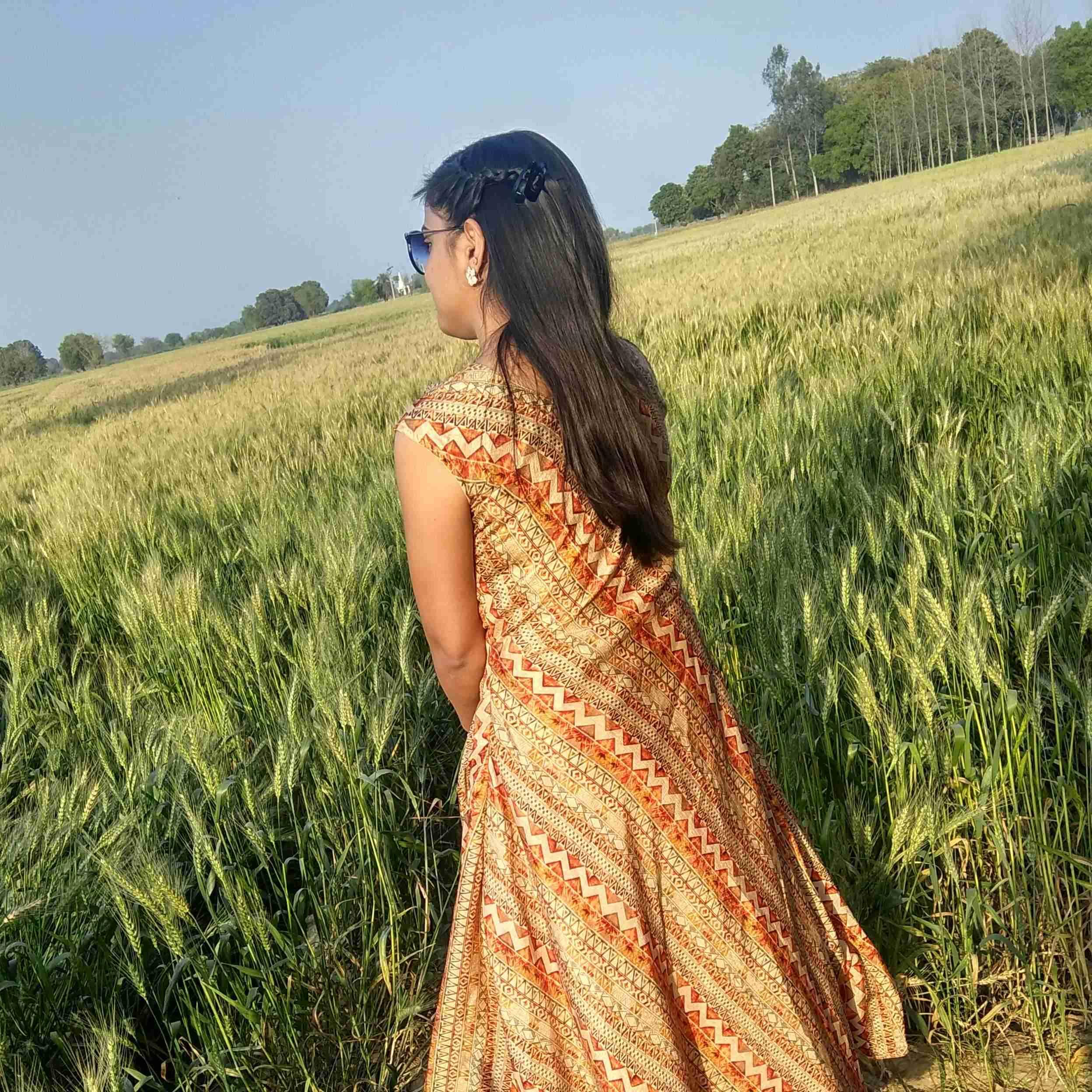 Sangeeta Singh I love to write for my happiness