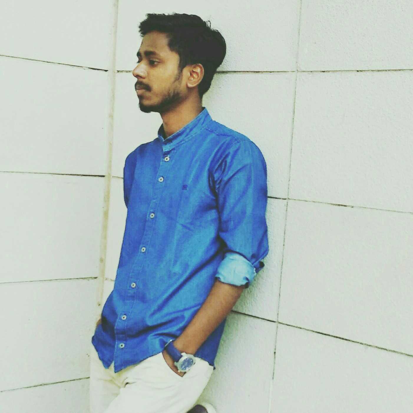 Rajan Sahni poetry and story telling , you tuber at - Rajan Sahni , blogger ,doing gradation