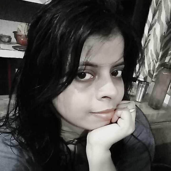 @Roli Mishra  ।  writer