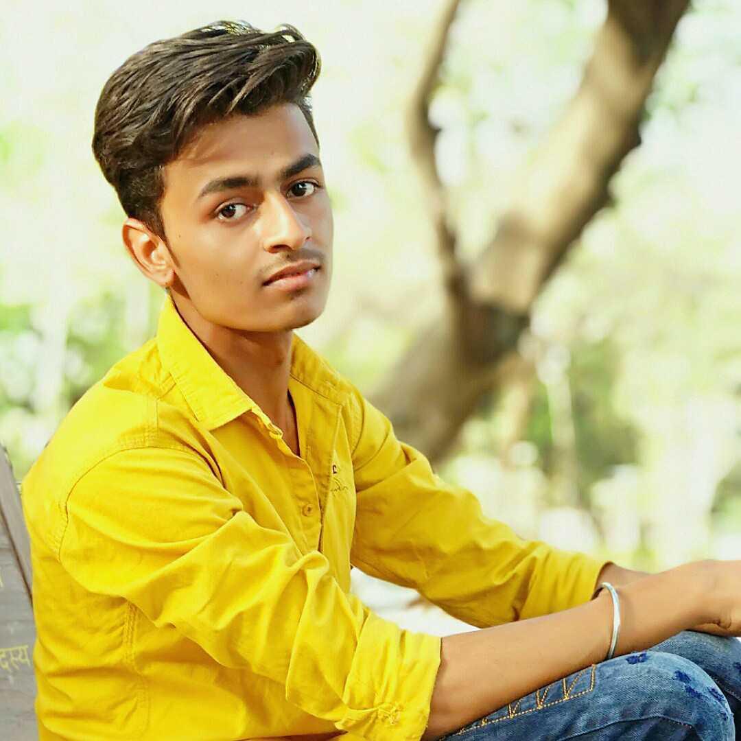 Sachin Patidar (tea lover) (msg me:- 7067553627)टूटे फुटे शायर ,,अल्फाजों की मरहम हूं मैं, प्रेम विरह का जख्म नहीं।