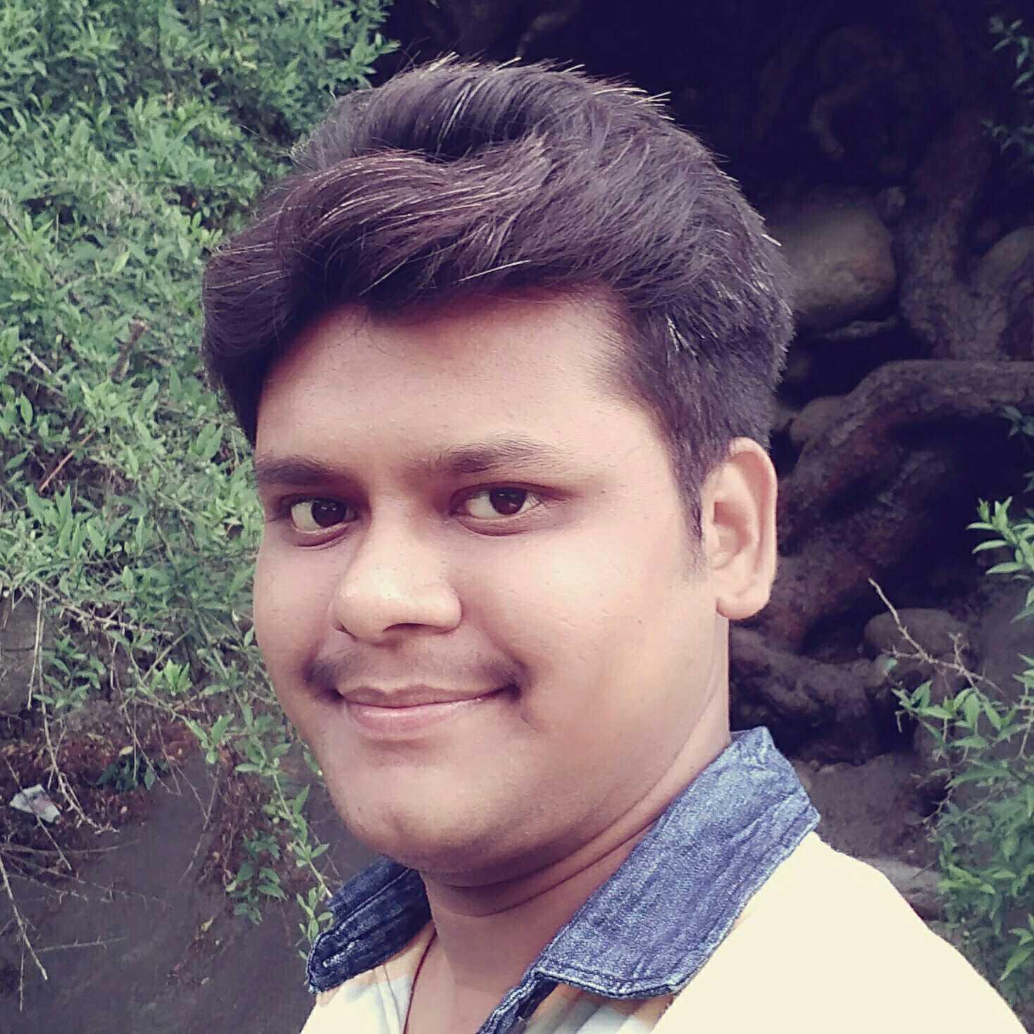 Kartikeya Srivastava I experience the life & then pen down.