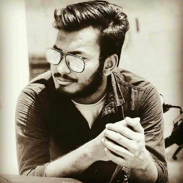 Hamza Khan Undergraduate student