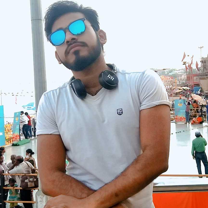 Kumar Gaurav Na kar mjse dosti.. na kar mujse pyar...kya pta mra addiction lag jaaye...if u have a doubt then try