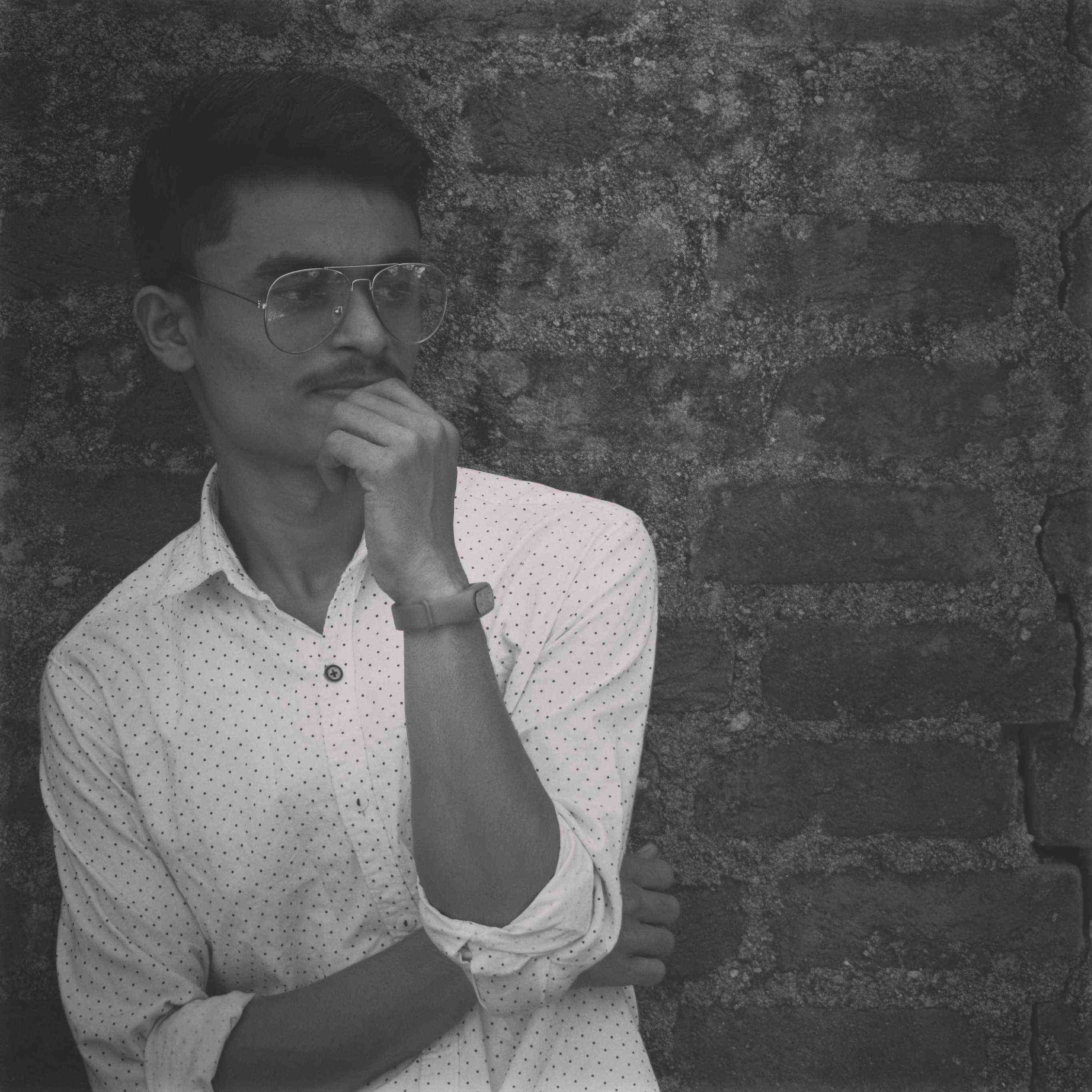 sagar deshmukh #sagardeshmukhwords Singer🎤 || Writer🖋 #sagardeshmukhsongs My Heart💓-My Thoughts💭 Love to explor