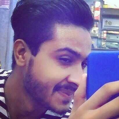 @arhan_haider ek Anjaan safar par nikla hu.. Manzil ka pata nhi. hazaro hath hai girane k liye ummid bus Khuda se