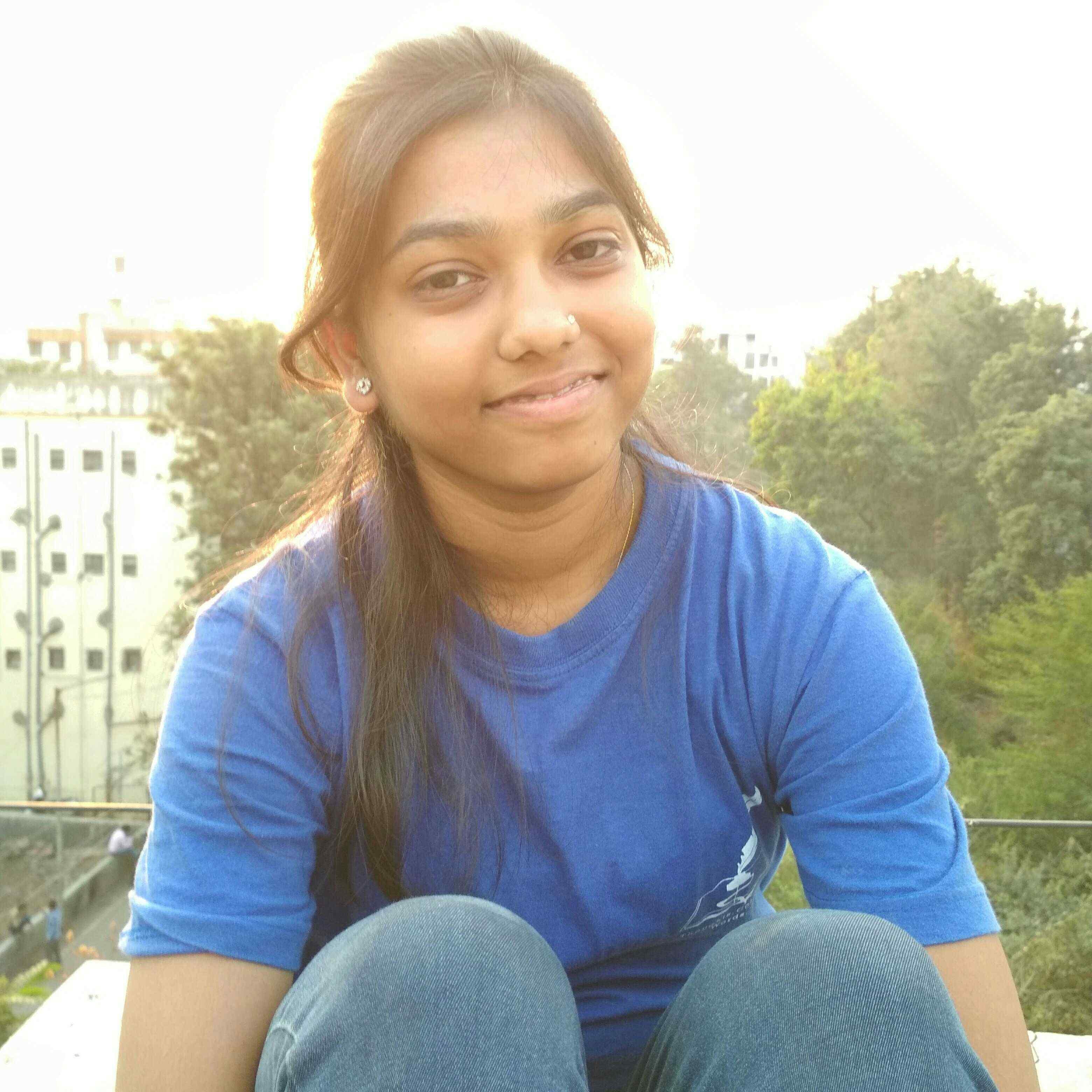DishaAgrawal दिल की बात बताने की बारी आई है, कुछ लिखने की चाहते लाई है