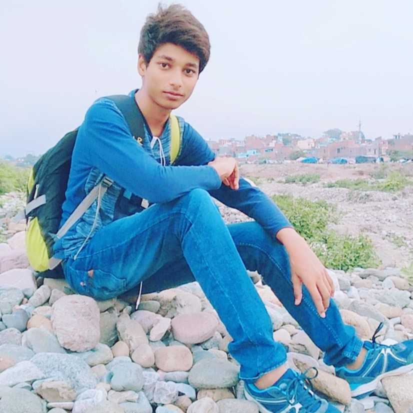 Sparsh Verma forestry student , wildlife photographer.....