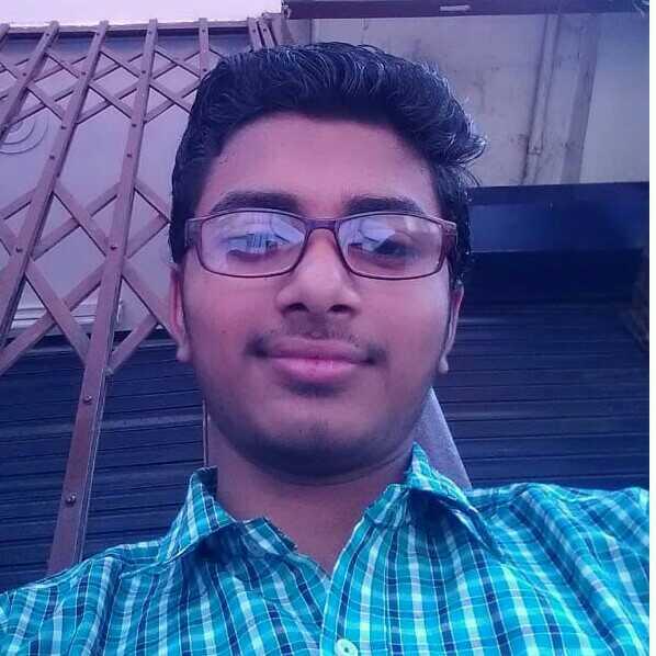 Sujeet Kumar ज़रा मुस्कुराना भी सीखा दे ऐ ज़िंदगी रोना तो पैदा होते ही सीख लिया था…