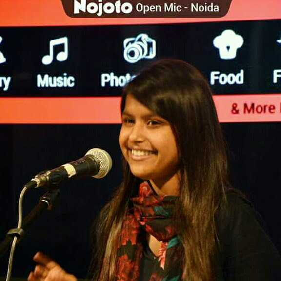 Shweta Singh 'selenophile' instaa-@chhotaa_packet