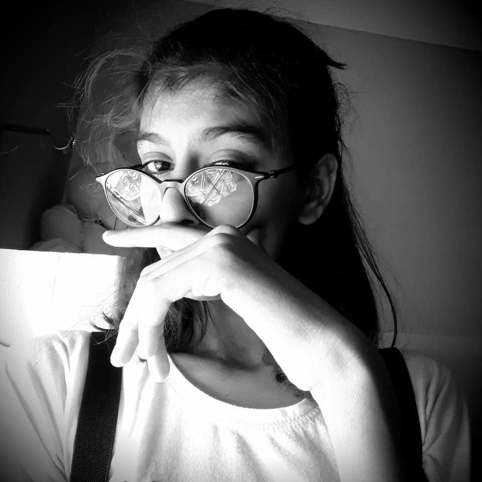 K@rishma L@khesar💝 ❤️कभी हालात तो कभी जज्बात लिखती हूँ, वैसे सच कहूं तो बस दिल की बात लिखती हूँ।।❤️