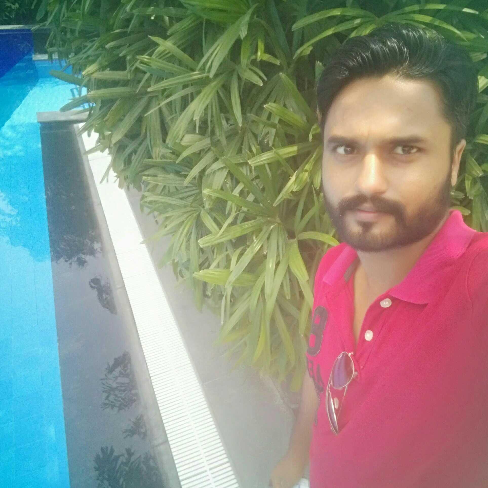 Rupi Sandhu Engineer,Writer,music composer©WhatsApp-8427740660
