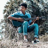 Aniket Surayavanshi learning photography , story writer , write poems in marathi marathi mulga